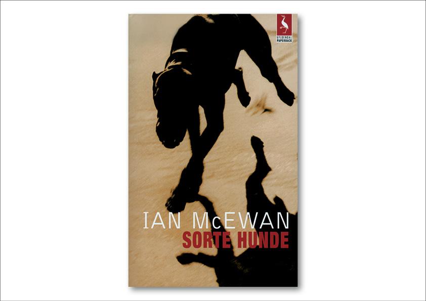 "Ian McEwan ""Sorte hunde"". Gyldendal Paperback. Omslagsdesign: Nanna Berentzen Østergaard."